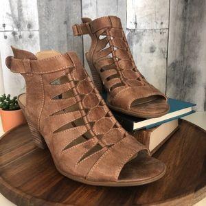 Naturalizer Talan Cutout Block Heel Sandal
